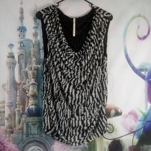 Leo & Nicole animal printed top